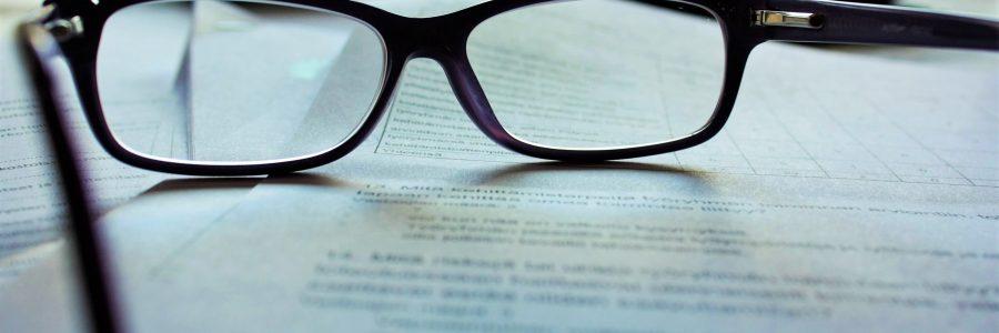 read-content-glasses